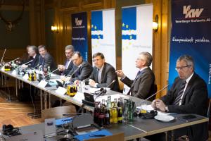 Lech 2015 Europa-Forum mit Kommissar Oettinger.